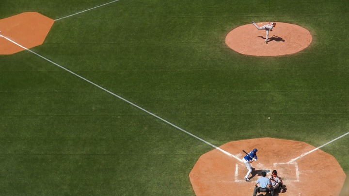 baseball-field-828713_960_720